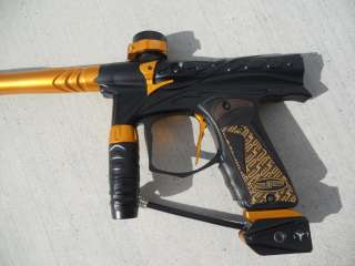 Dangerous Power Threshold Paintball Marker Gold/Black w TechT Bolt