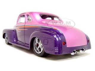 1941 PLYMOUTH CUSTOM PURPLE 118 SCALE DIECAST MODEL