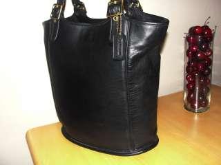 Coach Black Leather Classic Large Bucket Shoulder Bag Purse Tote
