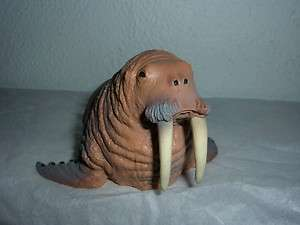 NWOT Schleich retired 16080 WALRUS Portugal made WALROSS BLUE DOT free