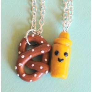Handmade Pretzel & Mustard Best Friend Necklaces Toys & Games