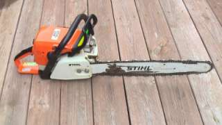 STIHL 039 GAS POWERED CHAINSAW 20 BAR AND HARD CASE MUST SEE