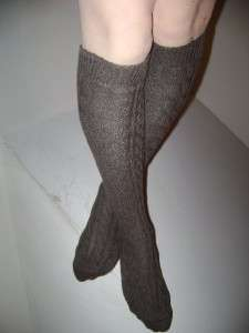 WORN USED WOMENS CLASSIC CHOCOLATE CABLE KNIT KNEE HIGH SOCKS