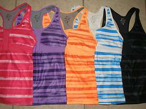 NWT WOMEN NIKE DRI FIT STAY COOL DEDICATION PRINTED SPORT WORKOUT TOP