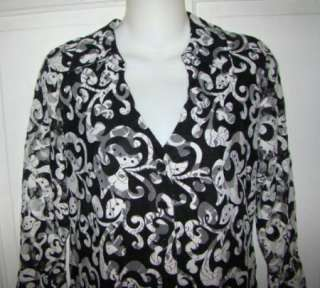 Womens DRESS BARN Black & White Lacy Top Size S