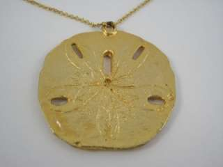 Vintage Gold Tone Metal Sand Dollar Necklace 1 3/4 Pendant & 18