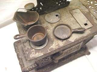 CAST IRON EAGLE TOY STOVE RANGE W/ POT PAN & BUCKET