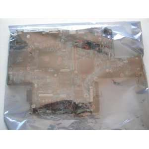 Dell Inspiron 9300 Motherboard   DC767