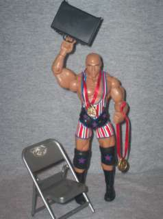 WWE FIGURE DELUXE AGGRESSION KURT ANGLE & ACCESSORIES
