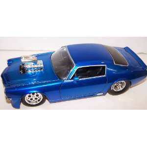 Muscle with Blown Engine 1971 Chevy Camaro in Color Blue Toys & Games