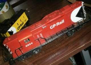Vintage 1970s Lionel 8854 CP Rail GP 9 Diesel Engine & Caboose O