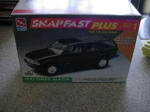 25 1995 Chevy Blazer AMT/ERTL Snapfast Plus OOP
