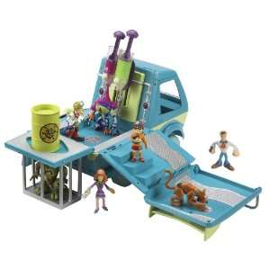 Character Options Scooby Doo Busters Mystery Machine Toys
