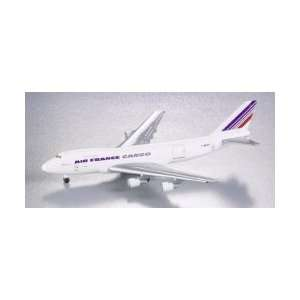 com Gemini Jets Emery Worldwide DC 8 73F Model Airplane Toys & Games