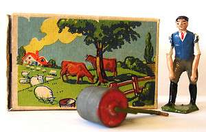 Britains Lead Toy Soldier Farm Figure in Box Charbens Johillco |
