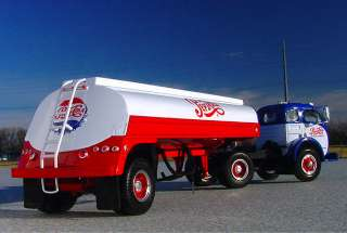 VR   PEPSI COLA WHITE SEMI SUGAR TANKER   First Gear