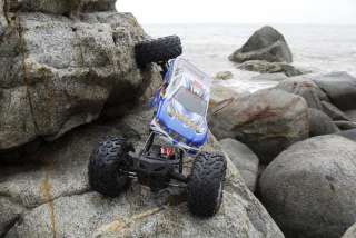 Rockslide Super Crawler Truck works with a battery pack already