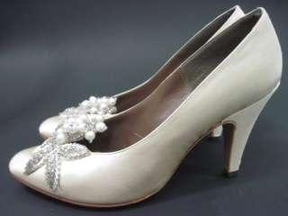 ivory satin beaded heels size 5 1 2 medium these wonderful shoes