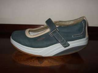 Navy Blue Leather Mary Jane Shoes Sneakers Sz.381/3(EU) / 8(US)