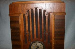 RADIO MODEL 808 TOMBSTONE LONG DISTANCE RADIO WOOD OLD TUBE NOT VICTOR