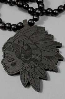 forever strung the queen chief wood black necklace $ 30 00 converter