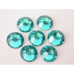 com Preciosa Czech Crystal Flatback Rhinestone #43811612 Chaton Rose