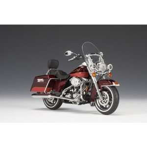 Davidson FLHR Road King Crimson Red Sunglo / Candy Red Toys & Games