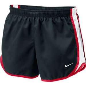 NIKE TEMPO SHORT (GIRLS): Sports & Outdoors