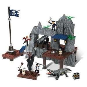 Mega Bloks Pyrates   Fort Defiance Toys & Games
