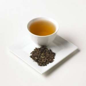 China Mist Leaves Pure Tea Estate Darjeeling Whole Leaf Loose Tea